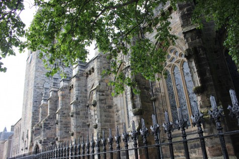 University of St. Andrew's in Scotland, United Kingdom is known for its old and Gothic architecture. Some of the buildings are 600 years old.