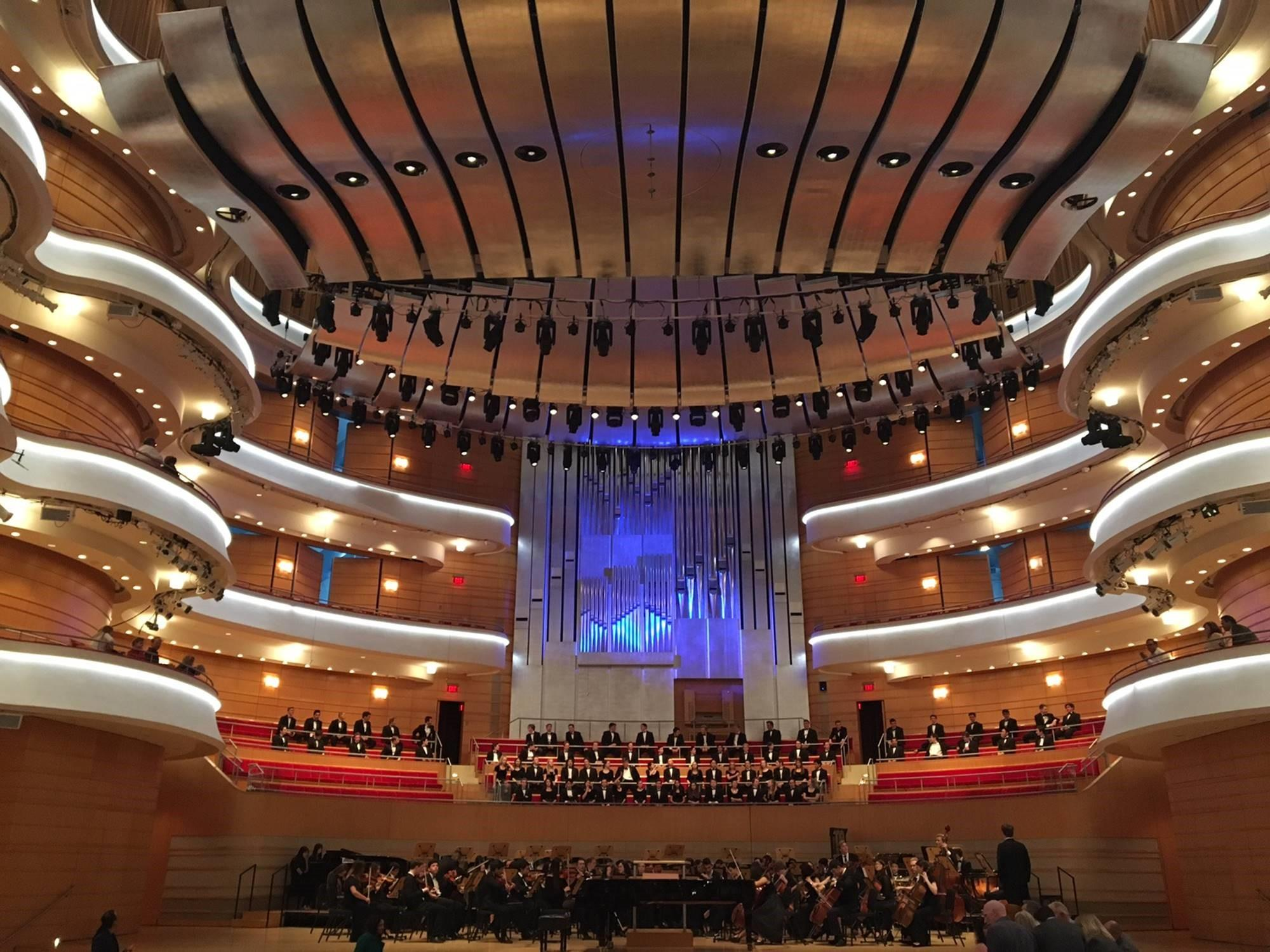 The Renée and Henry Segerstrom Concert Hall dazzled in memory of a beloved teacher.