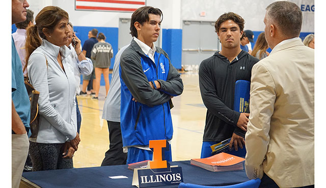 Look into future - University of Illinois representative explains what the college has to offer to the students.